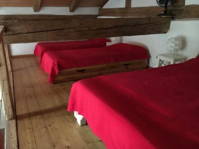 2. Doppelbett hinter dem Balken