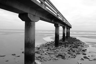ponton omaha beach que vous verrez de votre fenêtre
