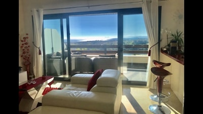 Penthouse Apartment With Sea, Mountain, Lake And Golf Views In Los Flamingos