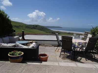 A wonderful place to have sundowners - front patio