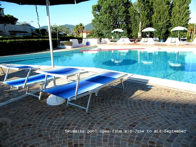 EXCLUSIVE APARTMENT WITH SWIMMING POOL      ** 4 BEDS **     *** Free WIFI  **