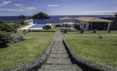 Praia Lagoa do Fogo Trail, Vila Franca do Campo, Azores, Portugal