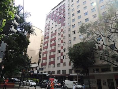 2 QUARTOS NO MELHOR PONTO DO CENTRO PRÓXIMO REGIÃO HOSPITALAR