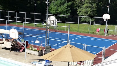 Tennis, basketball, horseshoes, pool all lit for night use.