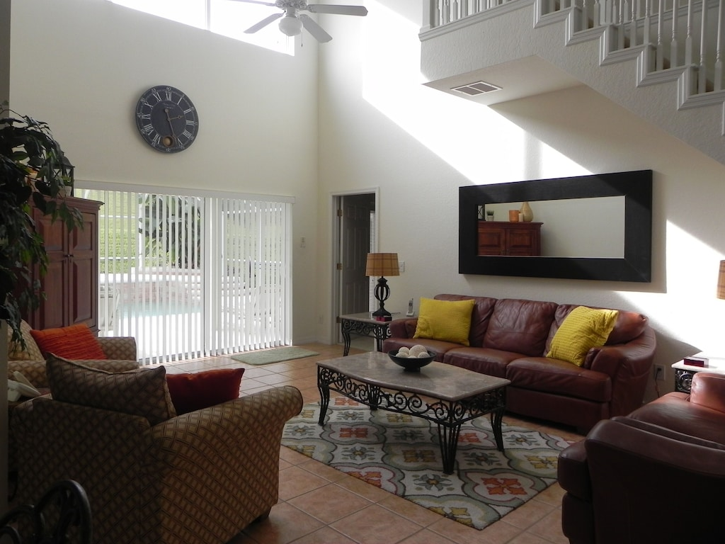 Beautiful 4 Bedroom 3 Full Bath 2 Half Bath Home With Private Pool West Haven
