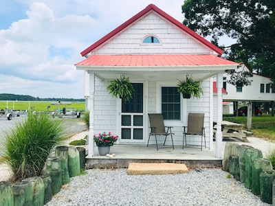 Welcome to The Cottage at Vines Creek Marina! Come stay on the Indian River Bay!