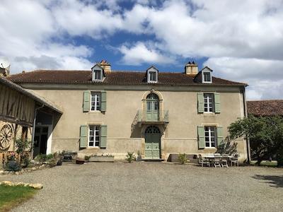Ladeveze-Riviere, Gers, France