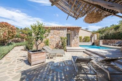 très belle villa en location porto vecchio piscine chauffée près de santa giulia