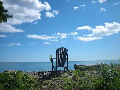 Located In The Historic Village Of Wellington On Lake Ontario