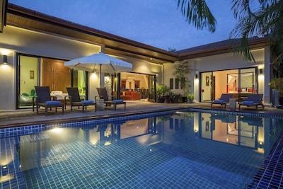 Stylish Moonstone Villa