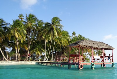 Pink Pearl Island Resort. A Caribbean Private Island Resort for Rent. Nicaragua.