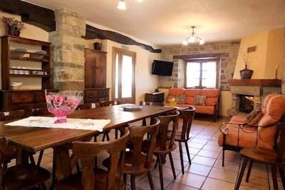 Casa rural (alquiler íntegro) Loretxea l y ll para 20 personas