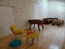 Un espace pour jouer...avec le baby foot pour le partage et la convivialité
