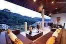 Stunning Opal Villa: 6 Bedroom