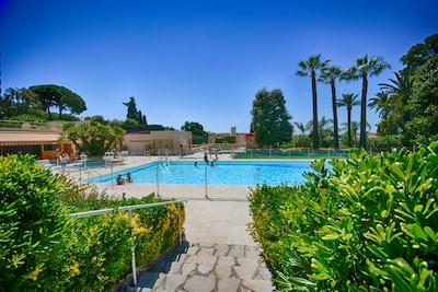 Appartement F4 avec piscine et tennis à 2 pas des plages