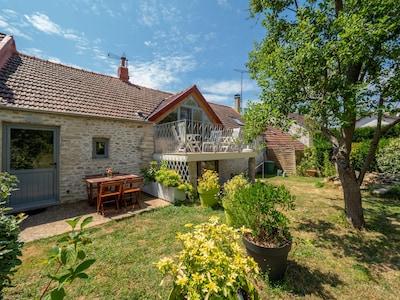 Magnanville, Yvelines (department), France