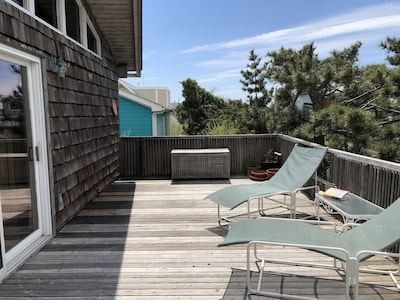 Front deck  south view