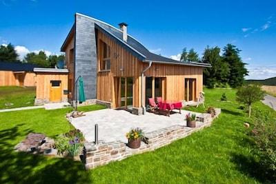 Ferienhaus mit Sommer-Terrasse