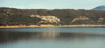 Vue du village de Ste-Croix du Verdon