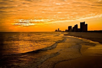 Beautiful sunsets await you in Orange Beach! Book your reservation today!!