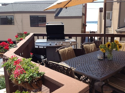 Ocean view deck, just one house from oceanfront!