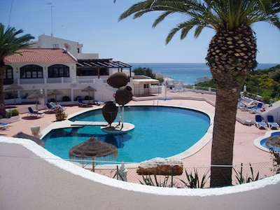 Salema Beach Club es un complejo turístico pequeño popular, apartamento para 2/4 personas