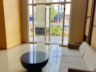 Lobby. Waiting area.