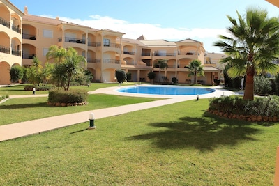 Fully licensed prestigious Algarve apartment for rental in Vilamoura