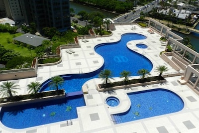 The building features heated separate adult and kids pool & jacuzzi!