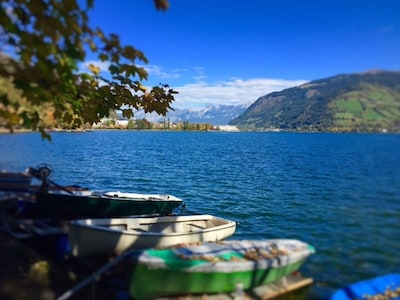 Stunning Zell am see lake which has great water side facilities in the summer.