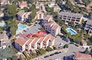 appartement dans la résidence à proximité de la piscine gratuite et sécurisée.