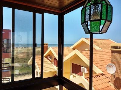 Apartamento de temporada com vista para o mar no Cassino.