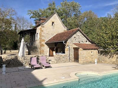 Cottage and pool from Barn