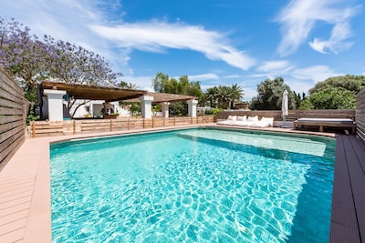 Charming 4 bed House close to Santa Eulalia beach