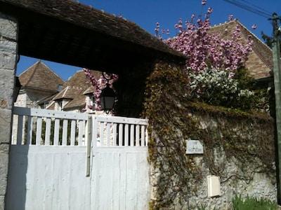 Montchauvet, Yvelines, France
