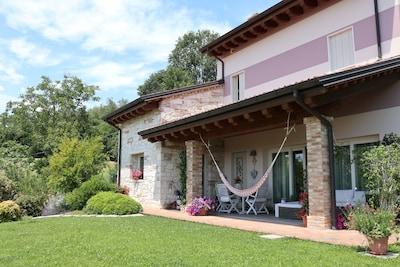 Buso della Rana, Monte di Malo, Veneto, Italy