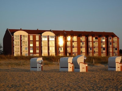 Direkt am Sahlenburger Strand mit Blick auf Insel Neuwerk. Saisonstrandkorb inkl