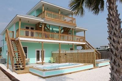 Crescent Beach, Lower Grand Lagoon, Florida, United States of America