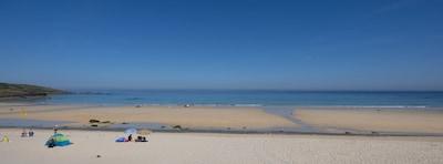 Rockfish - next to Porthmeor beach, sleeps 8 with sea view.