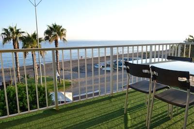 Impresionante apartamento en primerísima línea de playa