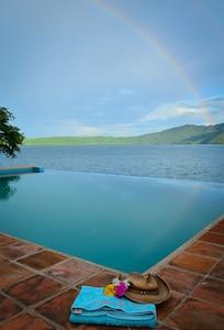 Casa de Sol: swim, kayak, relax & enjoy Nicaragua's luxury rental.