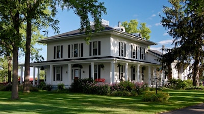 Beautiful 1850's Italianate farmhouse in country setting! 4500 sq ft. Sleeps 12.