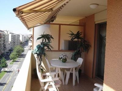 Terrasse (devant séjour).