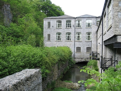 Stunning Mill Apartment In The Heart Of The Peak District