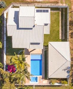 Casa 4qts/2Stes em Meaipe, Guarapari, ideal para curtir com a familia