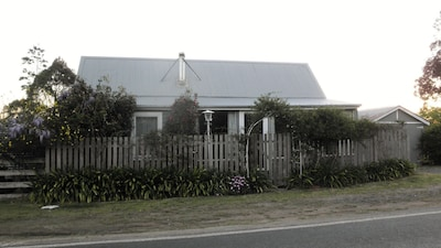 Street view of cottage