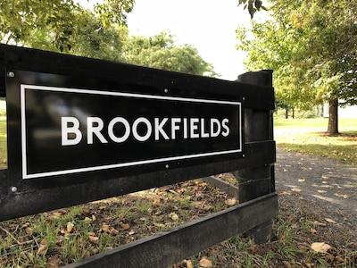 Brookfields entrance.
