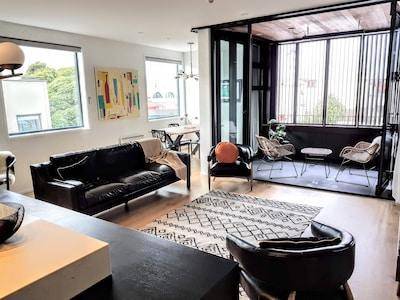 Living room & Patio