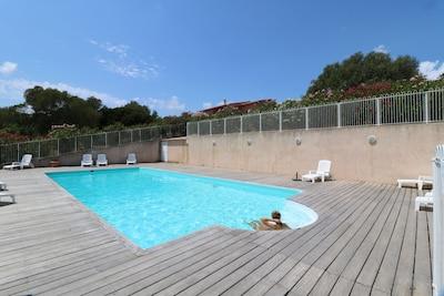Les hauts de Cagna,domaine 4* de 3 villas avec piscine à 6ms de la mer