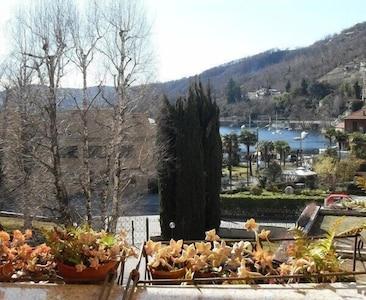 Vista desde la terraza en verano.
